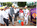 """BEET PLASTIC POLLUTION"" THOOTHUKUDI DISTRICT COLLECTOR PARTICIPATED IN HUMAN CHAIN FORMED BY SCHOOL STUDENTS -ORGANISED BY LIONS CLUB OF SPIC NAGAR"